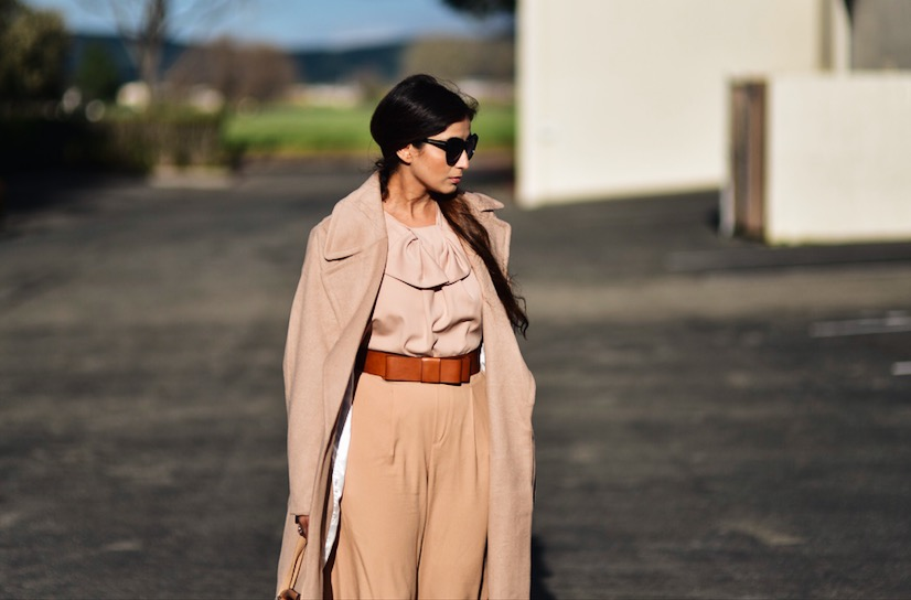 Neutral outfit ideas with Lust Have App